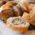 Sushi Taxi – Réinventer l'art du sushi + une création saumonée signée Querelles!