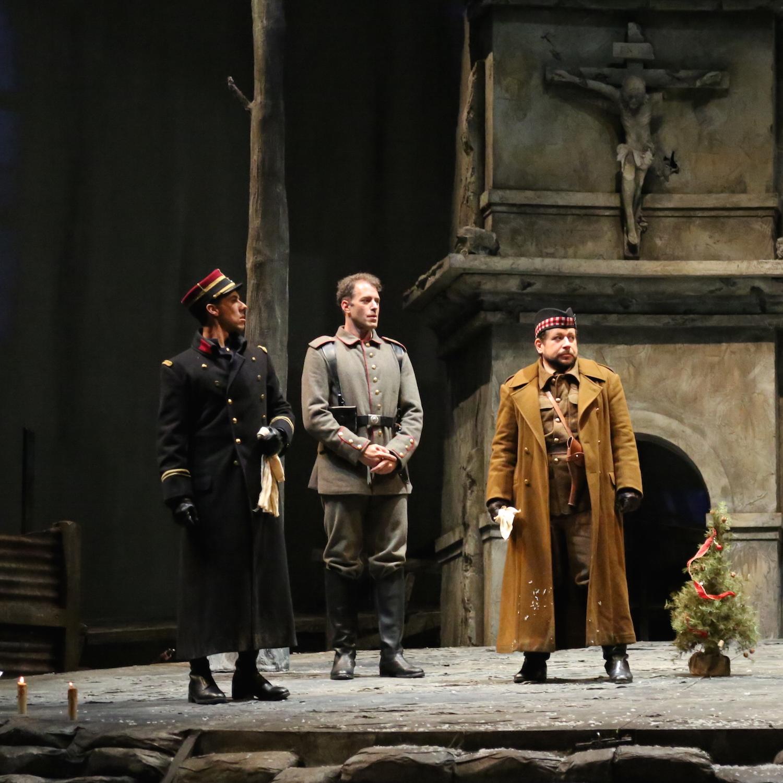 opera_montreal_silent_night_querelles_15