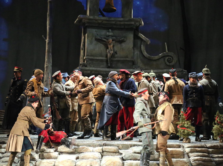 opera_montreal_silent_night_querelles_16