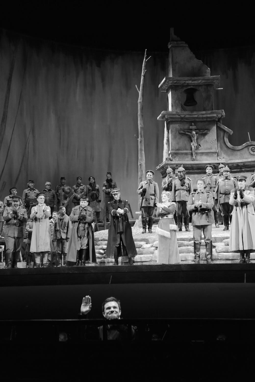 opera_montreal_silent_night_querelles_27