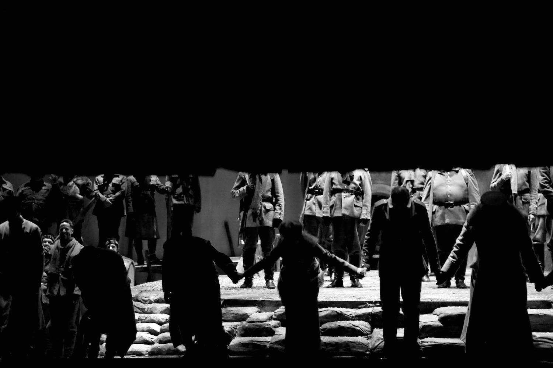 opera_montreal_silent_night_querelles_28