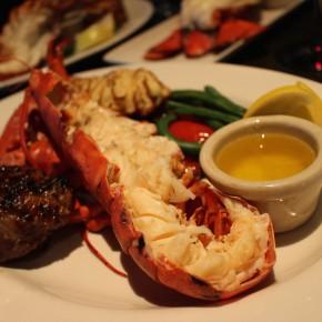 Keg Steakhouse - Festival du homard :  extravagance crustacée (et la plus grosse queue de l'été)