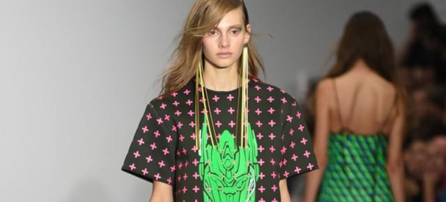 London Fashion Week - Fyodor Golan SS2016 : Rétro-futurisme & Transformers