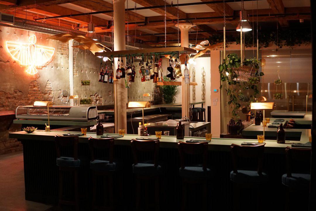 tiradito-bar-restaurant-peruvien-rue-bleury-1080x720